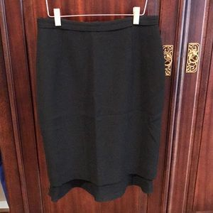 Carlisle black wool ruffled pencil skirt sz 4